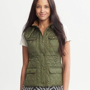 Banana Republic Army Green Quilted Field Zip Vest
